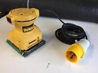 DeWalt Palm Sander 110v (with transformer)