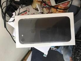 Apple iPhone 7 32GB Brand new seald unlocked to all networks