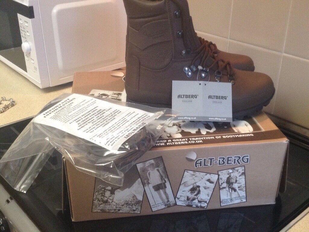 New ladies boots