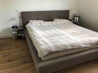 Upholstered *super king* bed frame (180x200 cm)