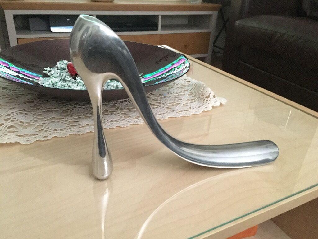 manolo blahnik silver shoe horn