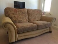 Stunning 3 piece suite for sale, two armchairs and three person sofa
