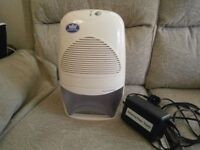 Midi Dehumidifier 2 ltr tank, thermo-electric peltier module - quiet running