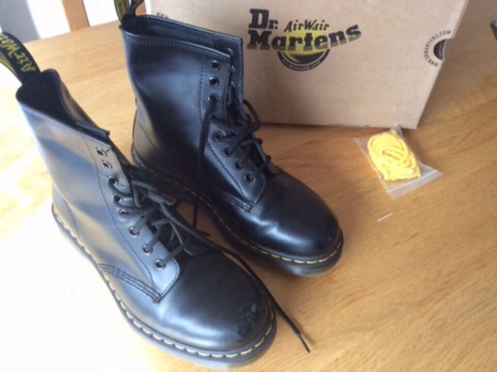 Dr Martens boots UK size 5