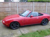 Mazda MX5 Mk 1 convertible, pop up headlights, blk roof, 1992, MOT Aug 2018, new timing belt, £1395