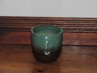 Small ceramic multi colour pot (delivery)
