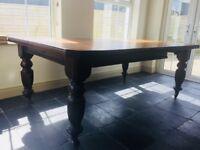Beautiful Edwardian dining table