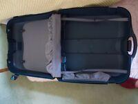Samsuonite suitcase