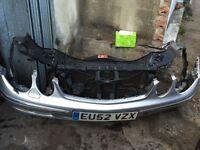 Mercedes E270 CDI AVANTGARDE AUTO diesel breaking for parts front bumper