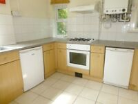 Balaclava Road 2 bedrooms left in house share