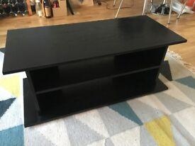 Black TV stand London Bridge area 90 x 40 x 37 cm (RRP £40)