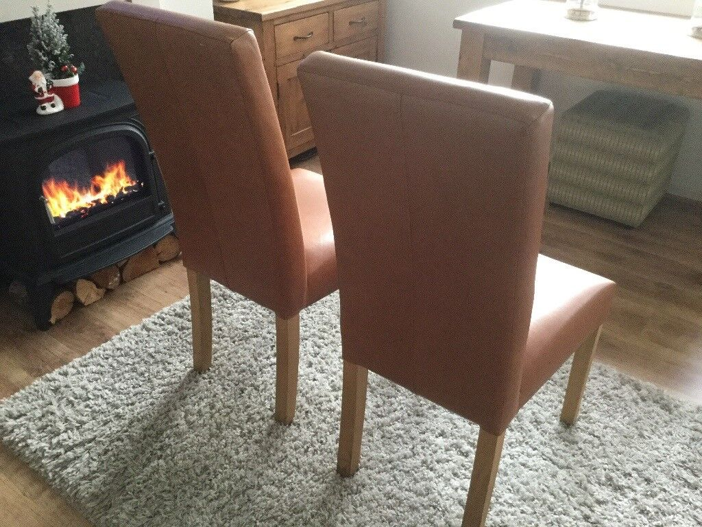 Brown dining room chairs x3