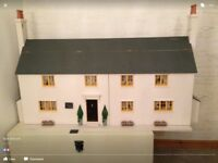 Beautiful fully furnished heavy wooden dolls house in fantastic condition