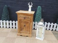 SHESHAM JALI WOOD CUPBOARD UNIT WITH BEAUTIFUL DETAILS VERY SOLID AND IT'S IN EXCELLENT CONDITION