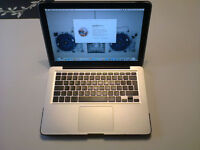 Mac Book Pro 13in (mid 2010)- Intel core2duo,4gb Ram,500gb HDD,Superdrive,Airport