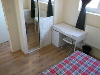 2 xx Amazing Double Rooms Available Now For Rent - Close to Canary Wharf...Amazing Location!