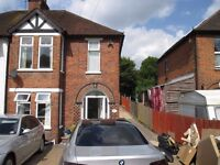 Beautiful 3/4 Bedroom House £1400 - SPEEDY1774
