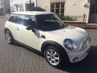 MINI 1.6 ONE 3dr 2010! FULL SERVICE HISTORY! SHOWROOM CONDITION!!!