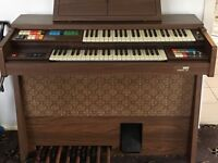 Electric organ Gem Wizard 325