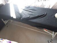 Extendable leg beautician bed