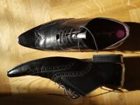 Mens' hardly used black all leather 'Jimmy Bee' dress shoes size 11