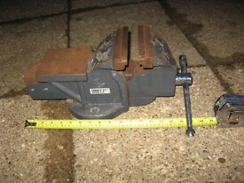 large engineers vice good working order, and good condition £75 o.v.n.o.