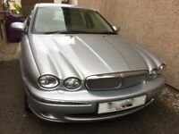 Jaguar X-Type Saloon car