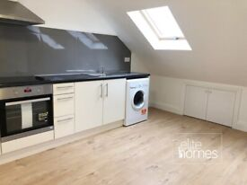 Large newly refurbished 1 bedroom Flat in Palmers Green, N13