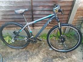 Trek mountain bike 29 wheels 250 ono