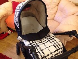 Mamas and papas switch pushchair with pram liner and cosytoes