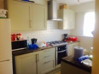 GREAT SIZED HOUSE AVAILABLE IN LEYTON CLOSE TO LOCAL AMENITIES