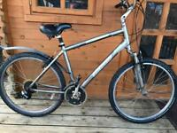 """Specialized Expedition Hybrid Bike. 19"""" Large Frame. 26"""" Wheels. 24 gears. Fully working"""