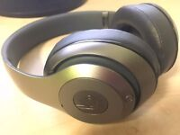 Titanium Beats Studio 2.0 WIRELESS and Noise- Cancelling Barely used boxed with unused sealed cables