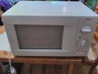 Microwave - Daewoo KOR-63X5