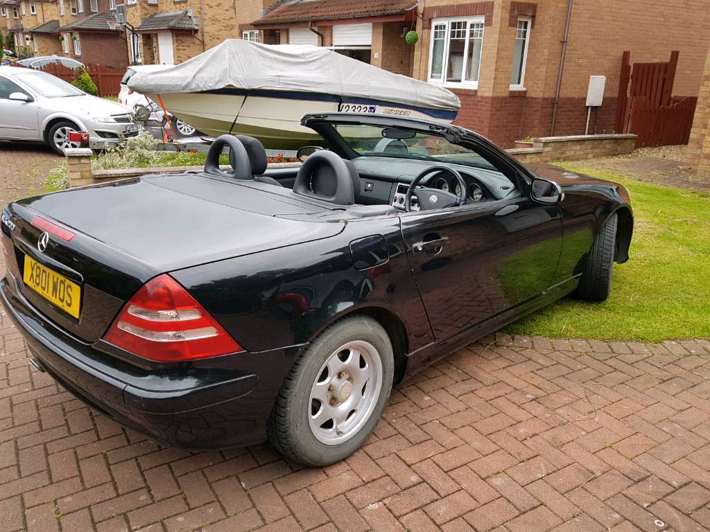 Mercedes slk 200 kompressor 2 seater hard top convertible for Mercedes benz 2 seater