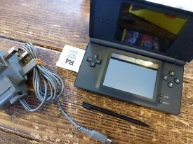 NINTENDO DS,lite GAME,s BLACK CONSOLE WITH 26 GAMES.