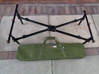 NGT CROSS POD FOR CARP FISHING, HOLDS 3 RODS, GOOD CONDITION