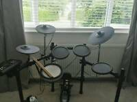 Yamaha dtx520 electronic drum kit