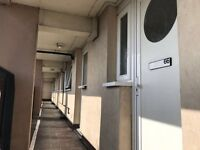 A fully Refurbished 3 Bedroom apartment with balcony