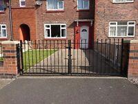 Iron gate 280 x 90cm