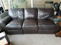 FREE TO COLLECT SOFA