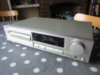 TECHNICS SL-PG520A CD PLAYER
