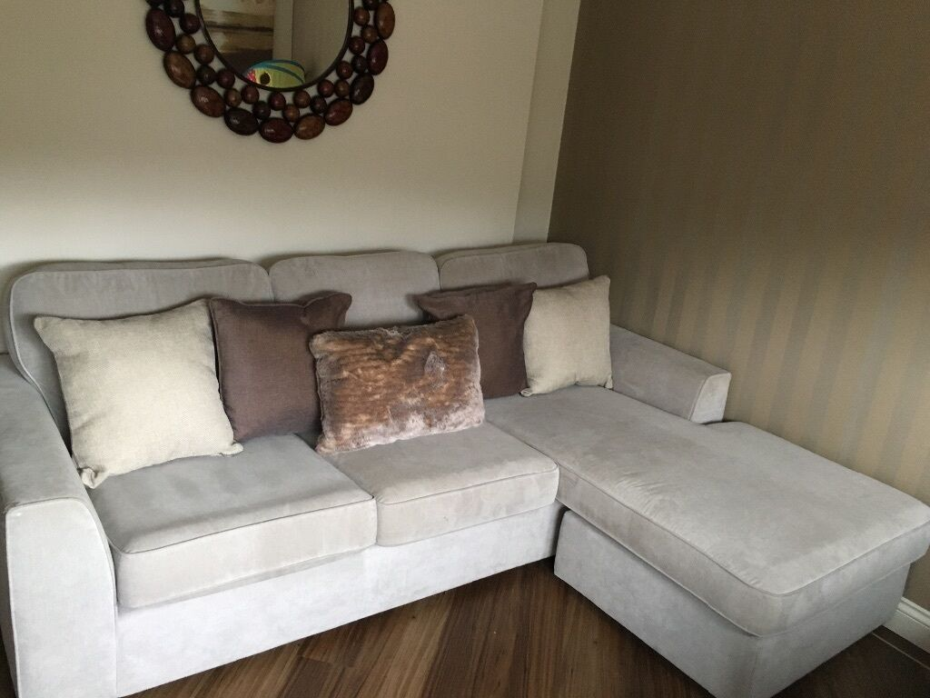 Dfs freya corner chaise sofa in dumbarton west for 2 seater chaise sofa for sale