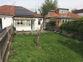 2 bedroom + Living rm bungalow -sudbury town station in great condition , very spacious
