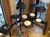 Selling Yamaha DTX 750K electronic drumkit £1500