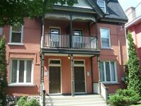 SANDY HILL - LARGE 4 BEDROOM - AUG OR SEPT 1ST - Russell Ave
