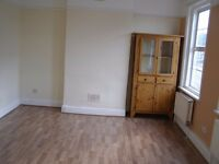 Large Studio Flat Inclusive All Biils