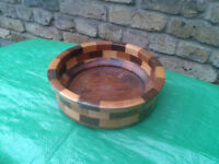 VINTAGE RETRO 1970s MIXED WOOD ~ WOODEN FRUIT BOWL FREE LOCAL DELIVERY