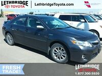 2011 Toyota CAMRY HYBRID LOW KMS, EXTREMELY GOOD FUEL ECONOMY &