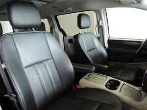 2016 Chrysler Town & Country Touring Leather Stratford Kitchener Area image 9